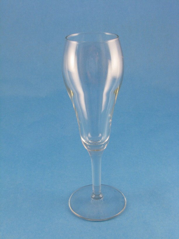 Where to find GLASS, CHAMPAGNE TULIP 6oz in Elk River