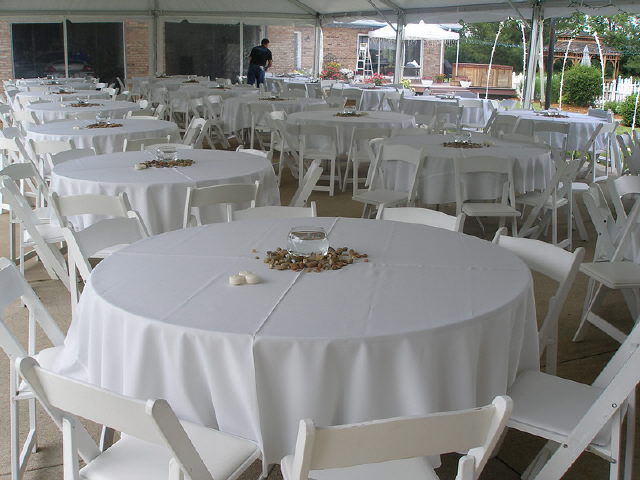 Where to find LINEN,TABLE CLOTH 120 RD WHITE in Elk River